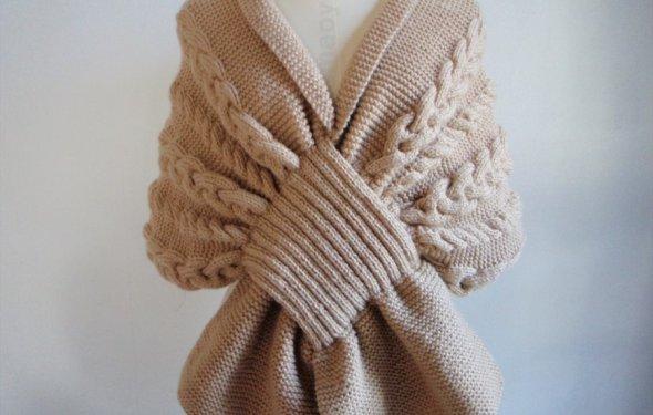 Бежевый шарф (вязание спицами)
